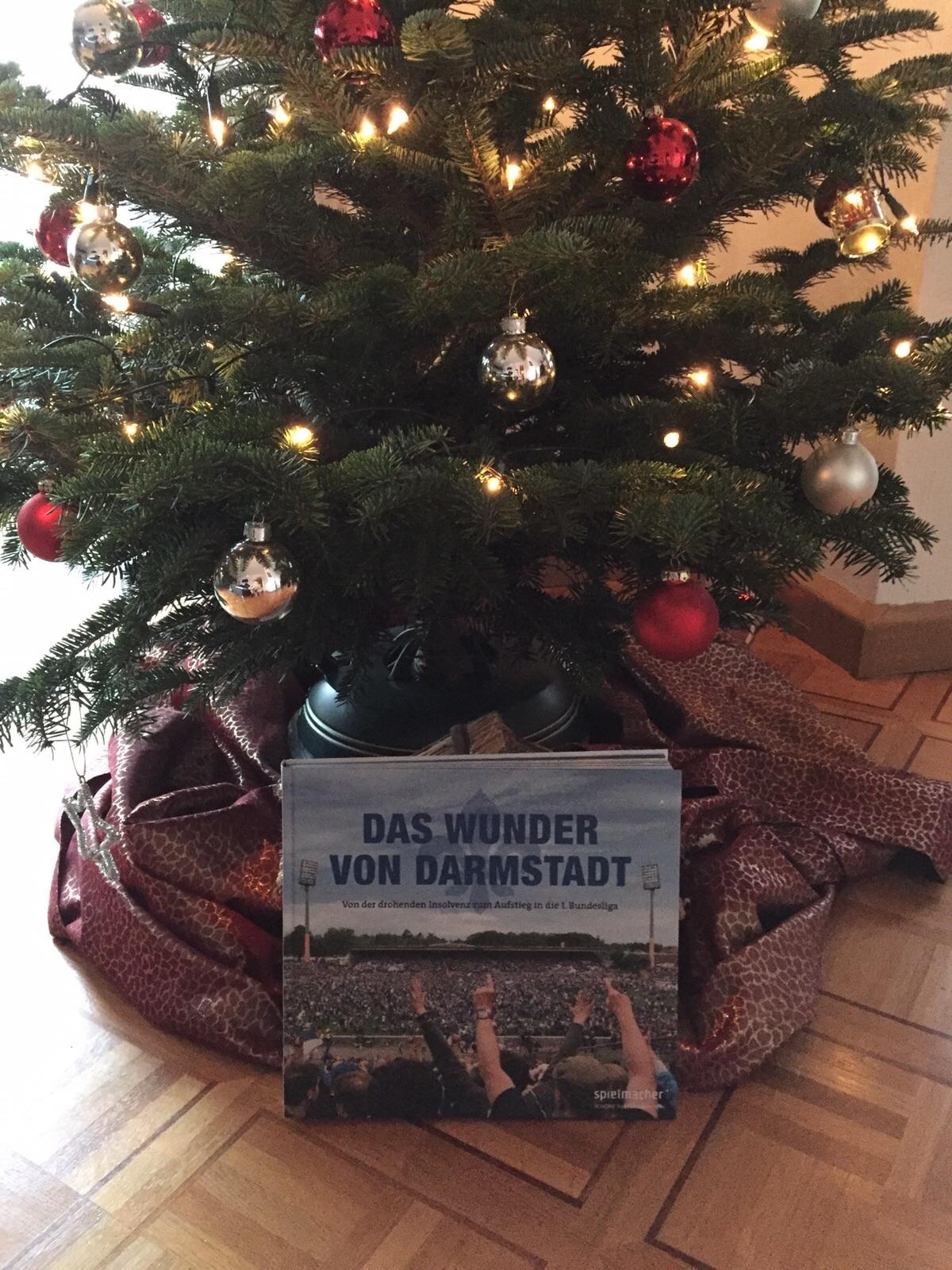 weihnachtsgeschenk das wunder von darmstadt fufa sv. Black Bedroom Furniture Sets. Home Design Ideas